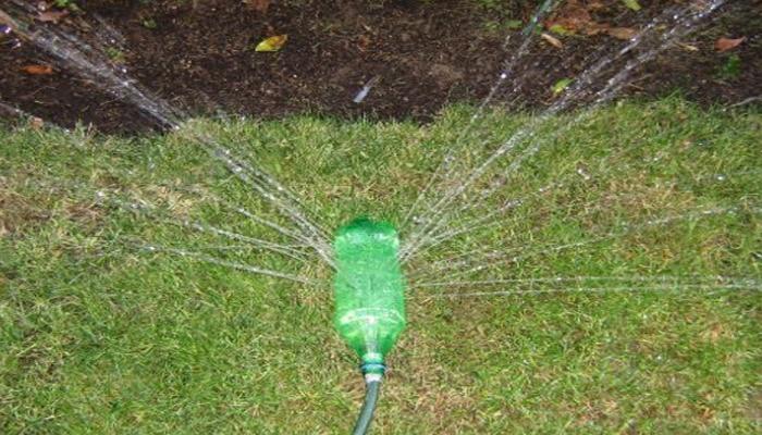 4 pasos sencillos para hacer un aspersor de riego casero - Aspersores de riego para jardin ...